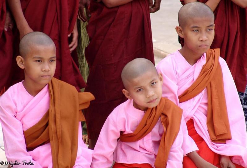 """Da Série: """"O Povo e as Faces da Birmânia"""""""