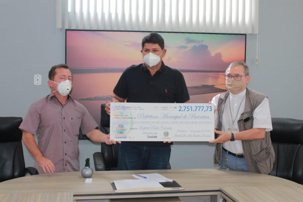 Prefeitura faz doação de mais de R$ 2 milhões ao hospital Padre Colombo