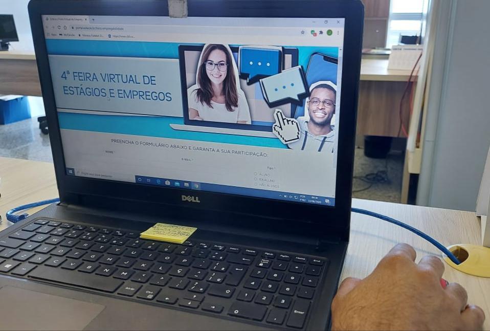 Estácio realiza 4ª Feira Virtual de Estágios e Empregos