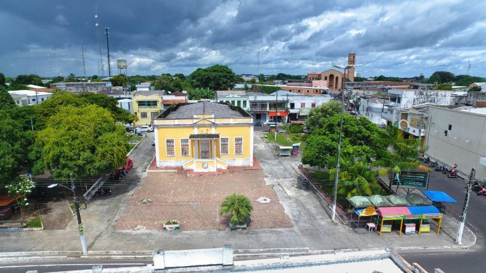 Bi Garcia dá ordem de serviço para construção do museu de Parintins