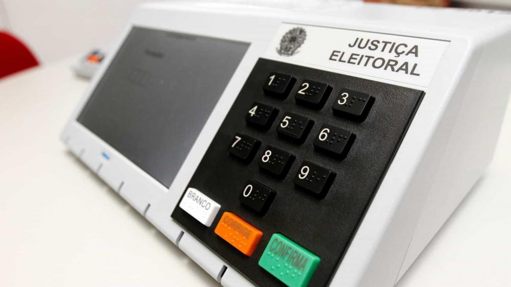 Centrão age para impedir adiamento das eleições