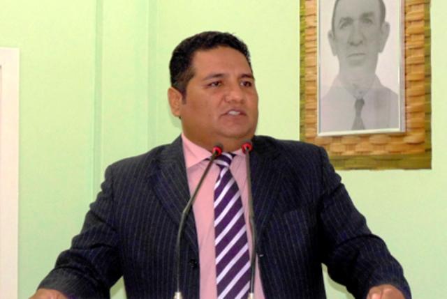 Juliano Santana já foi vereador em Parintins e agora quer conquistar Manaus