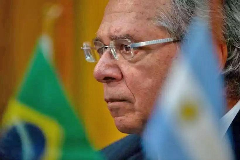 / Ministro da Economia se retratou, mas as reações de servidores dos três poderes continuam. Foto: AFP/Mauro Pimentel