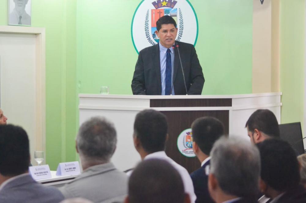 Prefeito Bi Garcia anuncia investimentos em Parintins para este ano. (Foto: Pitter Freitas)