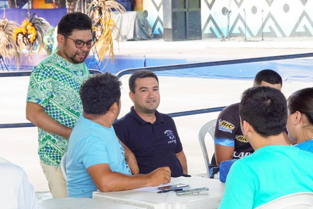 Grupo de artistas e engenheiros dão nova cara ao curral do Boi Caprichoso