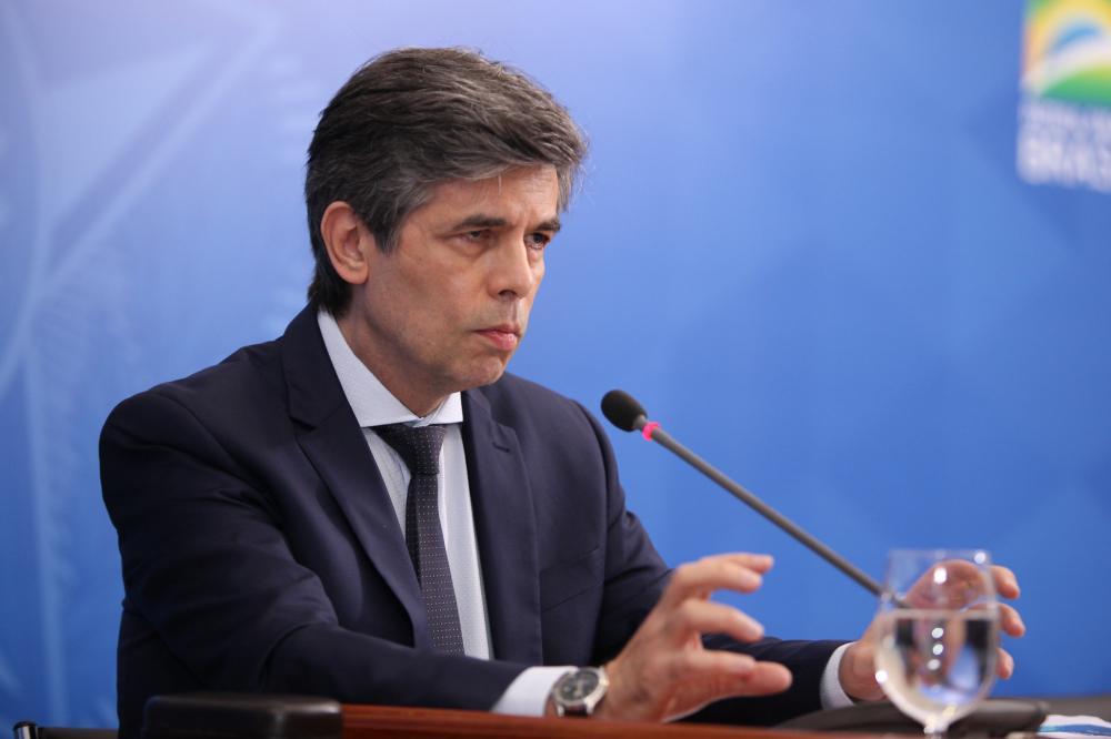 Ministro Nelson Teich já estaria demonstrando decepção com o cargo. (Foto: Júlio Nascimento/PR)
