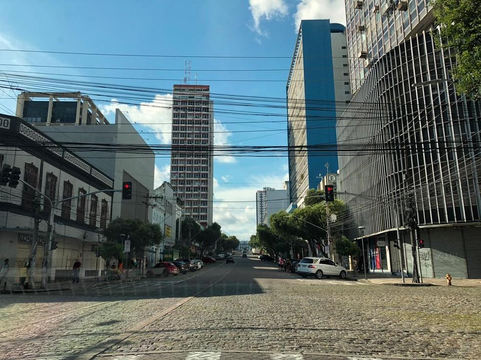 Centro de Manaus estava praticamente vazio no último fim de semana de isolamento social em Manaus. — Foto: Foto: Rebeca Beatriz - G1 AM