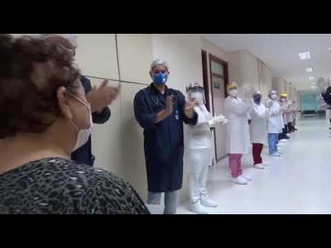 Hospital de Retaguarda da Nilton Lins registra primeira alta médica de paciente de Covid-19. Veja vídeo: